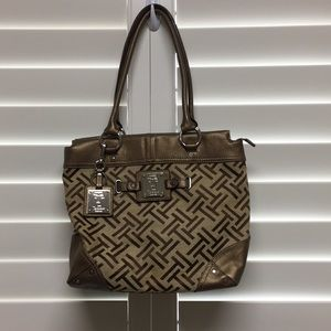 Great leather bag with spacious inside, used once!